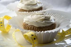 Vivid Vanilla Cupcakes